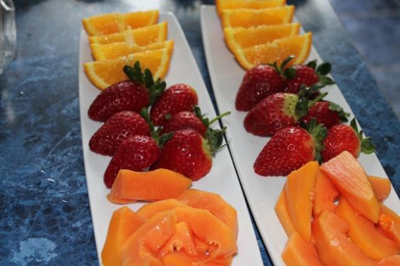 Strawberries, oranges and papaya